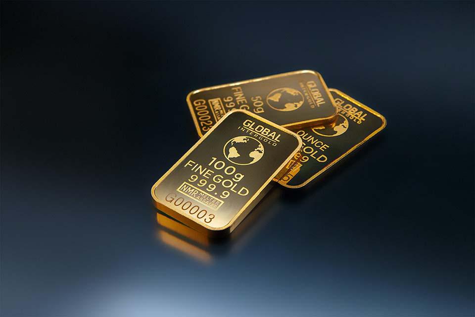 由於2020年新冠疫情的影響,造成全球金價持續突破歷史新高,黃金回收ptt成了大家的熱門話題之一,黃金回收價格試算方式也成了黃金回收ptt版上熱門問題。那麼,黃金回收價會受到什麼因素而有波動?黃金回收站的挑選找誰作最推薦呢?以下就由台北票貼光華金融為你揭曉。黃金回收ptt熱門話題-何謂黃金回收?何謂黃金回收?意即把持…