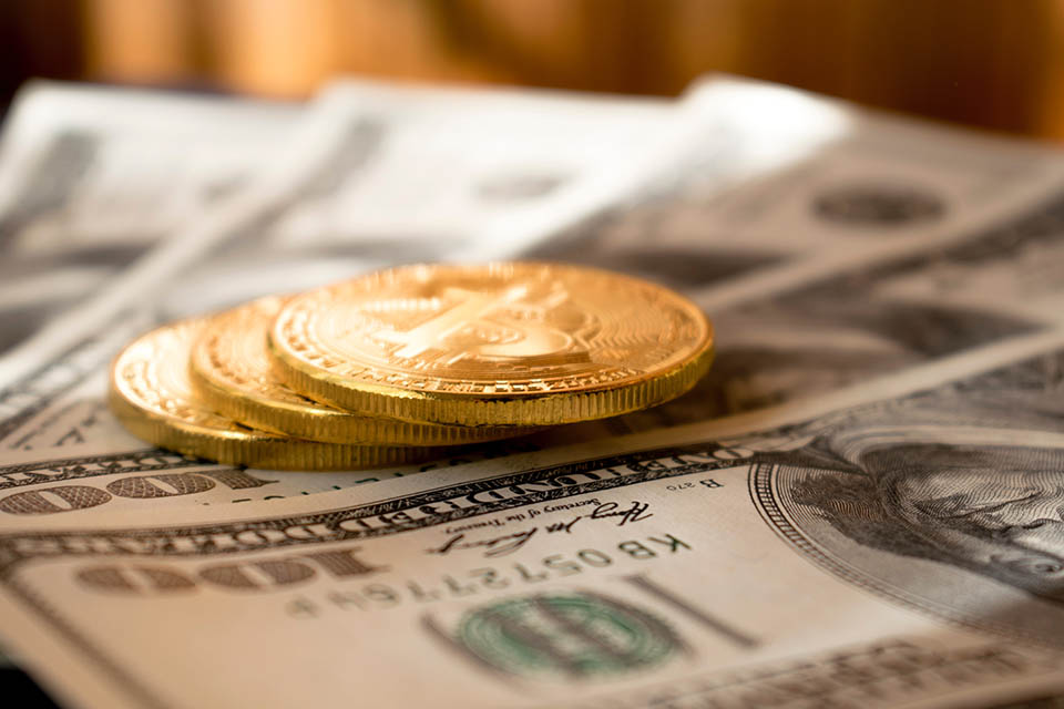 遇上資金周轉,搞得自己一個頭兩個大,別擔心,台北免留車借錢做你的後盾!每一個人生活中都會經歷一些資金周轉上的難題。如果遇到資金周轉不開,會讓人特別有壓力,有些人可能會想辦法去解決,跟自己的親朋好友以及銀行借款,然而跟自己親友借錢,很有可能會吃閉門羹,跟銀行借款還需要等待漫長的審核,無法解決自己的燃眉之急,這個時候...