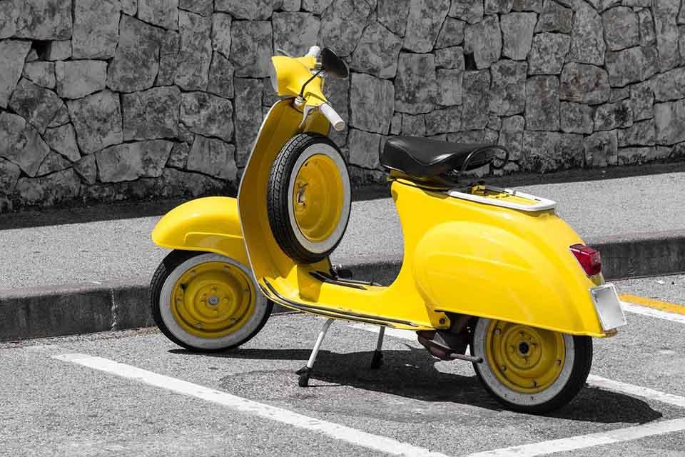 摩托車貸款好所在,找摩托車當舖借款周轉最即時!